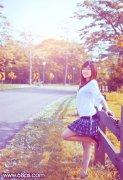 photoshop调出夏季外景图片的秋季暖色调