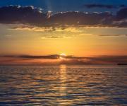 海边的日出壁纸